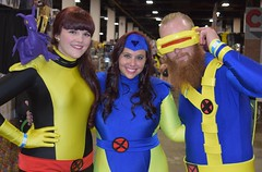 Kitty Pryde, Jean Grey, and Cyclops cosplay at Boston Comic Con 2016 (FranMoff) Tags: costume costumer bostoncomiccon flickr cosplay xmen cyclops cosplayer 2016 jeangrey lockheed kittypryde shadowcat bostoncomiccon2016