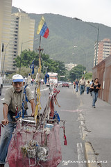 (alexander_sanchez) Tags: venezuela streetphotography caracas revolucion capitalismo chavez comunismo calles banderadevenezuela fotografíacallejera parroquiaelparaíso parroquiasdecaracas