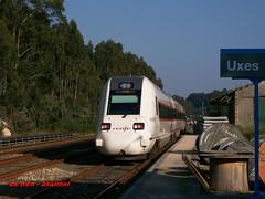 r598 (asannei) Tags: train tren rail railway ferrocarril renfe adif ffcc 598 mediadistancia automotordiesel