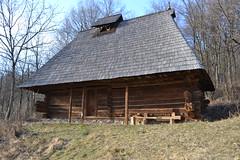DSC_0916 (marcutib) Tags: wood old house museum architecture traditional rustic un monastery romania brancusi cula ploiesti olt greceanu manastirea lemn arhitectura dintr