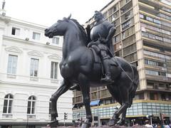 "Statue de Pedro de Valdivia <a style=""margin-left:10px; font-size:0.8em;"" href=""http://www.flickr.com/photos/83080376@N03/17259993412/"" target=""_blank"">@flickr</a>"