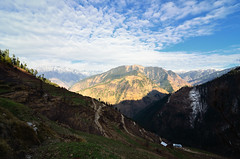 Beauty in Mountains (_Amritash_) Tags: beauty mountains mountainscape mountainpeak mountainpass lambhri valley tirthanvalley himalayas himachal himalayanlandscape route clouds trek india travel travelinindianhimalayas travelindia landscapes