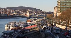 Budapest, Hungary (maxunterwegs) Tags: bridge brcke buda budapest chainbridge danube danubio danbio donau hongrie hungary hungria hungra kettenbrcke magyarorszg pest pont ponte puentedelascadenas szchenyilnchd ungarn
