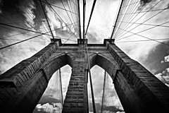 Reach Up To The Sky (Anna Kwa) Tags: brooklynbridge sky clouds perspective newyorkcity nyc usa annakwa nikon d750 afszoomnikkor1424mmf28ged my reach answers always explantions pain suffering joy confusion life memories structure bridge thepianoguys seeing heart soul throughmylens travel world monochrome