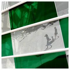 """Buren """"L'observatoire de la lumire"""" 3 (Photocg) Tags: vert reflet danielburen damier formatcarr fondationvuitton"""