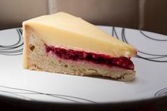 Trffes-Himbeer-Tarte (Ed Swift) Tags: tart nomnomnom cake weisseschokolade 2470f4lis himbeer dessert schokolade choclate whitechocolate 7d2 raspberry food canon