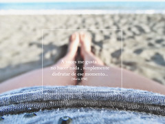 A veces me gusta : no hacer nada, simplemente disfrutar de ese momento... ([Mara JPM]) Tags: playa mar puntodevista piernas atardecer profundidaddecampo airelibre legs