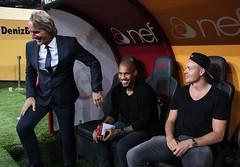 Jor & De Jong & Sigthorsson (l3o_) Tags: galatasaray sar krmz red yellow football futbol jor de sigthorsson jong