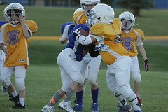 1239 (bubbaonthenet) Tags: 09292016 game stma community 4th grade youth football team 2 5 education tackle 4 blue vs 3 gold
