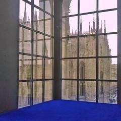 Museo del Novecento (mikr2010) Tags: milano duomodimilano bluklein