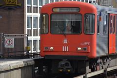 Hamburger Hochbahn DT3 LZB (Volker Be) Tags: underground hamburg u ubahn landungsbrcken hochbahn dt3