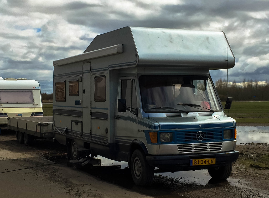 The world 39 s newest photos of camper and sidecode4 flickr for Mercedes benz 309d