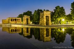 Midnight at Temple of Debod (BryantBA) Tags: debod madrid downtown spain espaa reflejos espejo egipto egypt monumento templo midnight medianoche