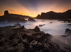 Rays before Dawn (Jose Hamra Images) Tags: borogbagek lombok kuta kute indonesia landscape sunset sunrise