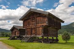 Norwegian chalet (SLpixeLS) Tags: norway norvge typical typique house maison wooden bois countryside campagne landscape paysage chalet cottage uvdal rollag