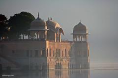 Jaipur (xplorengo) Tags: palace paleis water lake india indi jaipur rajasthan unesco