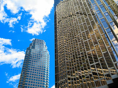 Royal Bank Tower, Toronto, Ontario (duaneschermerhorn) Tags: architecture architect modern contemporary modernarchitecture contemporaryarchitecture building skyscraper toronto ontario canada glass windows glassfacade glassclad reflective reflection