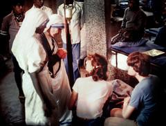 S30 webMT dying man_0475 (kcadpchair) Tags: motherteresa calcutta stteresaofcalcutta missionariesofcharity kolkata kalighat