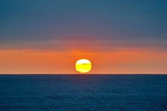 La Jolla Sunset ((Jessica)) Tags: sunset horizon california ocean lajolla sandiego sun water pw