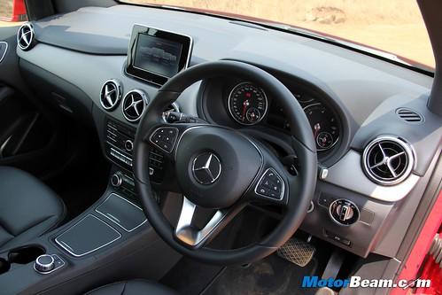 2015-Mercedes-B-Class-5