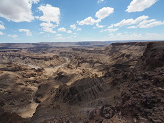 Fishriver Canyon (jan-krux photography) Tags: cliff water landscape rocks wide olympus canyon afrika landschaft namibia biggest steep felsen weit fishrivercanyon em1 breit tief steil afrcas