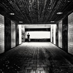 Man in tunnel (Per sterlund) Tags: tunnel man sonyz5compact bnw bw baw stockholm sweden schweden sony blackandwhite street streetphoto streetshot candid 2016 city scandinavia europe walking