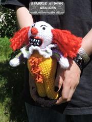 Pennywise 01f (zreekee) Tags: canada toy doll clown crochet it saskatchewan stephenking pennywise sparkledoomdesigns speckerna