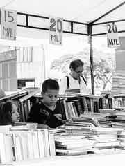 Reading time / Tiempo de lectura (Adelobra01) Tags: bn books cali colombia kids leer libros nikon nios reading streetphotography
