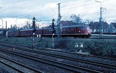 456 107  Kornwestheim  11.02.77 (w. + h. brutzer) Tags: analog train germany deutschland nikon eisenbahn railway zug trains db 456 kornwestheim eisenbahnen triebwagen triebzug et56 triebzge webru