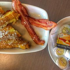 Local Eats (melbaczuk) Tags: food frenchtoast kelowna foodie myneighborhoodrestaurant