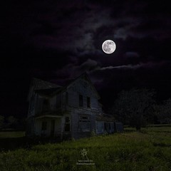 """Dark Embrace""  From a series of Dark Places by Aaron J. Groen  HomeGroenPhotography.com   #moon #fullmoon #DarkPlaces #GroenyView #TeamCanon #abandonedhouse #dark  #supernatural #ghost #darkness #forgotten (HomeGroenPhotography) Tags: instagramapp square squareformat uploaded:by=instagram"