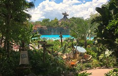 Disney's Typhoon Lagoon (Thanks for over 2 million views!!) Tags: disneystyphoonlagoon typhoonlagoon disney disneyworld water waltdisneyworld wdw trees themepark waterpark chadsparkesphotography centralflorida clouds sky iphonecamera iphonese appleiphonese wavepool mountmayday