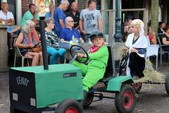 """The Dijken Hay Queen"" (Davydutchy) Tags: langwar langweer parade merke august 2016 langwardermerke langwarder optocht umzug dorpsfeest village feast festival optochtwagen praalwagen loopgroep float dijken diken hooi hooikoningin hay queen boer farmer fermier tractor trekker skelter fendt boy girl"