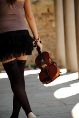 DSC_8524 (shining_ladybug) Tags: violine girl