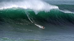 ANDREW COTTON / 7213SUW (Rafael Gonzlez de Riancho (Lunada) / Rafa Rianch) Tags: surf surfing olas water mer deportes sports sea mar tubos barrell nazar waves ondas portugal vague onda andrewcotton
