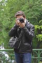 My man (Mlanie's art) Tags: park portrait berlin love canon photo parc appareil amoureux photographe