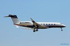 New England Patriots, Gulfstream Aerospace GVI (G650-ER) (Ron Monroe) Tags: bizet newenglandpatriots gulfstreamaerospace gvi corporatejet robertkraft n616kg g650er