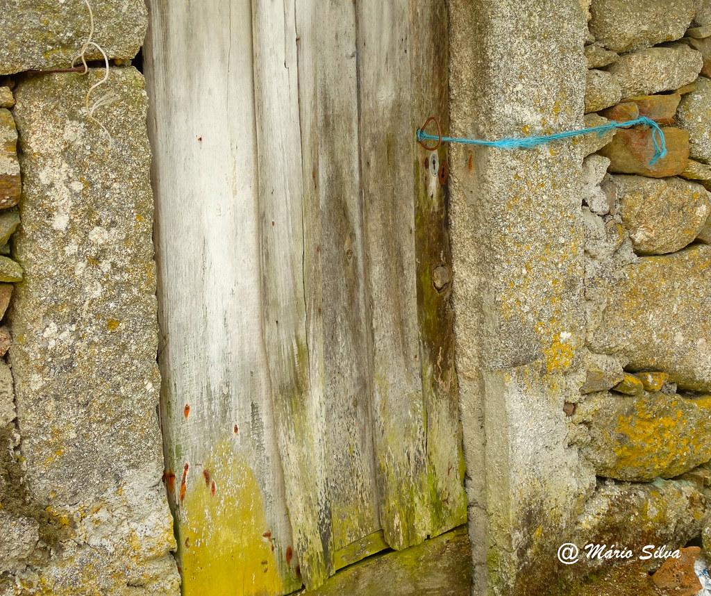 Águas Frias (Chaves) - ... o fio azul ...