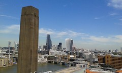 View form 10th floor of the New Tate Modern (Londrina92) Tags: london londra view landscape panorama tatemodern sunny clear estate summer july luglio thames tamigi fiume river town citt