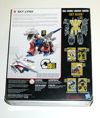 transformers generations combiner wars sky lynx voyager class sky reign 3 of 5 hasbro 2015 misb b (tjparkside) Tags: sky lynx skylynx transformer transformers cw combiner wars autobot autobots gestalt combine weapon weapons 2015 2016 collector collectors card generations shuttle reign skyreign wheeljack hound smokescreen trailbreaker