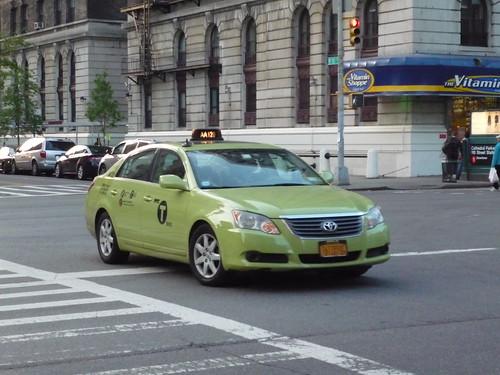 Toyota Avalon (NYC Taxi)