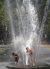 Summer Time Heat Relief (jaland0ni) Tags: water spray fountain wet relief cool refreshing washingtonsquare kids sprinkler joy games summertime heat fun nyc children camp park activities play