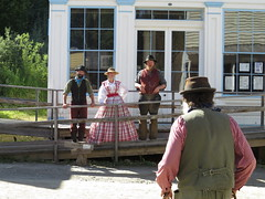 Street theatre (diffuse) Tags: barkerville actors street drama costumes 116