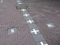 Border between Baarle-Nassau, Netherlands and Baarle-Hertog, Belgium (Norbert Bnhidi) Tags: netherlands belgium baarle baarlenassau baarlehertog niederlande pasesbajos holanda paysbas hollande paesibassi olanda pasesbaixos nederland  hollandia belgien blgica belgique belgio belgi  flanders flandern flandes flandre fiandre vlaanderen  flandria