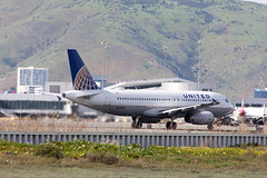 United Airlines Airbus A320-232 N433UA (k.oh.ey) Tags: sanfrancisco airplane airport sfo aircraft united airbus runway unitedairlines a320 320 322 ksfo sanfranciscoairport n433ua
