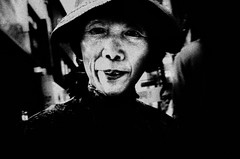 ((Jt)) Tags: blackandwhite woman asia flash streetphotography korea seoul compactcamera myeongdong sonydscw100 sonycompactcamera jtinseoul