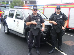 4455 - Nissan Endura - 2012124 - 048 (Call the Cops 999) Tags: uk england rescue usa west america fire day nissan open 4x4 britain yorkshire united great july saturday police 9 kingdom headquarters led special vehicles 101 gb vehicle and service states hq emergency 112 tactics swat services weapons 999 2016 lightbar constabulary frs endura birkenshaw of 2012124