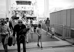 Boat rambler (gborgskij) Tags: dog man film oslo analog boat 21 11 d76 105min nsudden