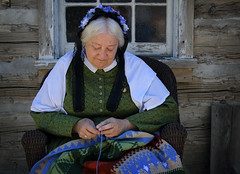 Crocheting by the Cabin (arbyreed) Tags: arbyreed bw pioneerday mormonpioneers utahpioneerday celebration reenactor brighamyoung provoutah utahcountyutah pioneerwoman mormonpioneerreenactor costume bright crochet chrocheting handwork quilt crochetedquilt