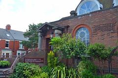 St-Johns-E-27-July-2016 (Steve Ellwood Whitley Bay) Tags: stjohnsmethodistchurch ilfracombegardens whitleybay church northtyneside steveellwood ellwood sirarthurmunrosutherland wesleyhall marshallandtweedy